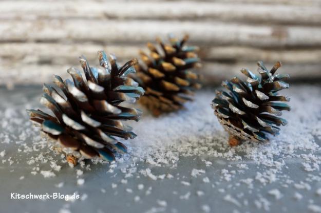 Weihnachten Tannenzapfen basteln 1a