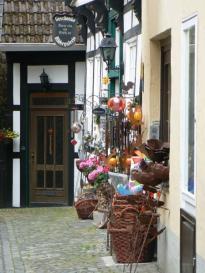 Tecklenburg, Geschäft